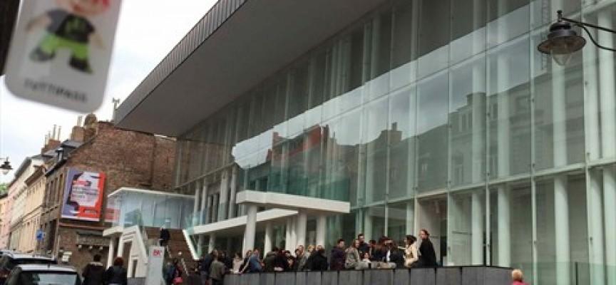 Défi : photographier Tuttipass dans les musées du monde entier. Ici au BAM à Mons.