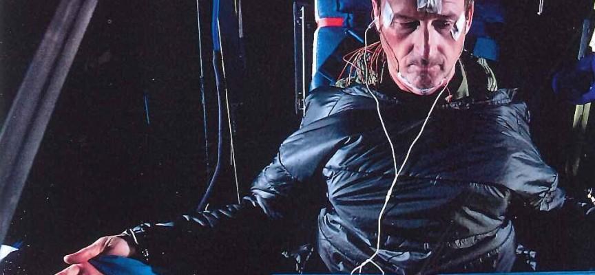 Des exercices physiques spécifiques pour se maintenir en forme dans ces conditions extrêmes (ph.Jean Revillard/Rezo.ch/SolarImpulse).